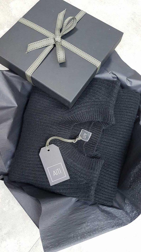 AITI London Gift Wrap