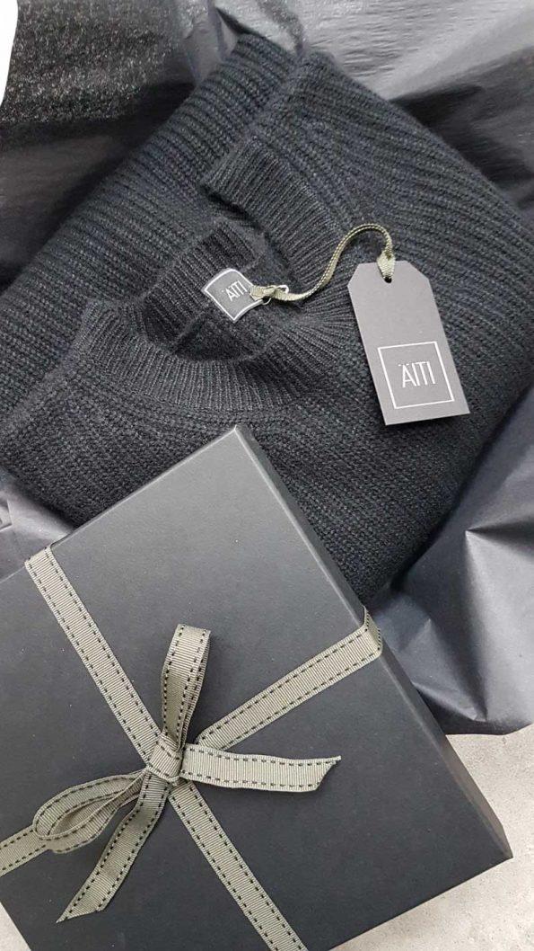 AITI London Gift Wrap Option